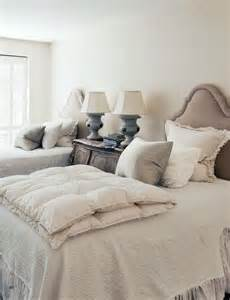 Twins Bedroom Twin Beds Archives Confettistyle