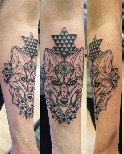 tattoo mandala fox wall geo mandala fox inked pinterest mandalas stars