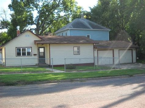 houses for sale sioux falls sd 423 w 1st st sioux falls sd 57104 reo home details reo