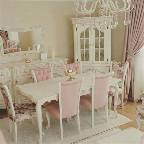 Shabby Chic Dining Room Chairs Best 25 Shabby Chic Dining Room Ideas On Pinterest Shabby Chic Kitchen Table And Chairs