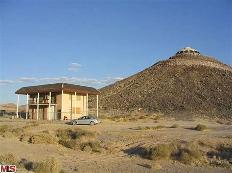 huell howser volcano house huell howser s california house atop a 150 foot desert