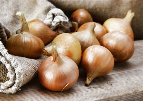 Detox Your With Onions detox with onions your this gobarefootday