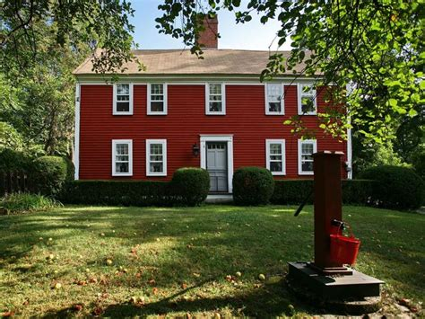 saltbox house home exterior pinterest again love red houses exteriors pinterest red