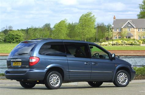 Grand Chrysler by Chrysler Grand Voyager Estate Review 2001 2008 Parkers