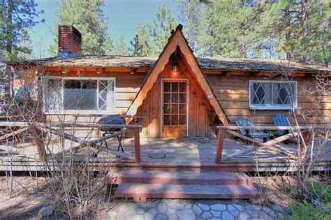Cabin For Sale California by Cabins For American Builders Fans Zillow Porchlight