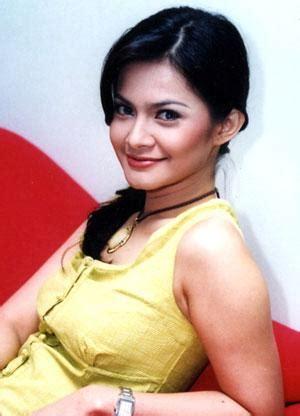 Indonesian Luna Maya Cut Tari And Nazril Ariel Facebook | indonesian luna maya cut tari and nazril ariel facebook