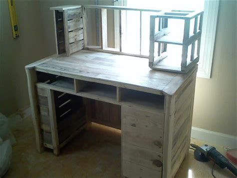 diy pallet computer desk pallet furniture plans