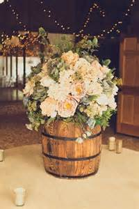 Wine And Grapes Decor Say I Do To These Fab 51 Rustic Wedding Decorations