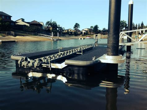 best pontoon boat size choosing a pontoon size for your boat and budget