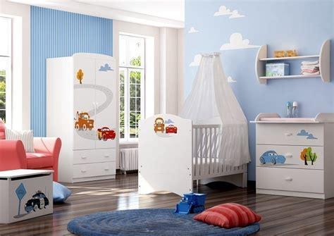 wandgestaltung kinderzimmer cars babyzimmer disney cars mit soft und 3d gravur