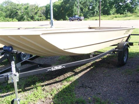 lowe 1240 jon boat for sale lowe new and used boats for sale