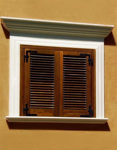 cornici per finestre profili in cemento per finestre e balconi rettangolari