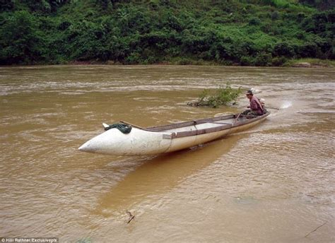 boat gas tank clean out inventive farmers build vital river boats out of fuel