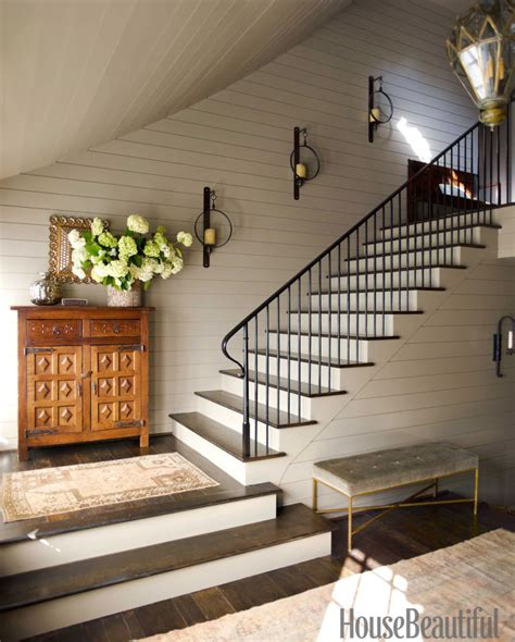 decorating  staircase ideas inspiration tidbitstwine