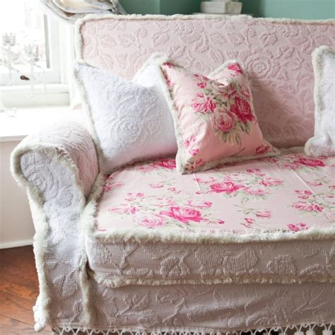 cottage style sofa 159 best french country shabby chic cottage style sofas