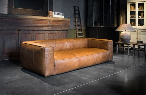 Leather Butterfly Chair by Seats Woontheater
