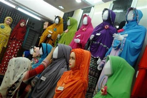 Jilbab Syar I Islam istilah jilbab syar i retakkan hubungan antarmuslim