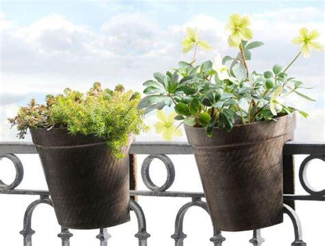 vasi da balcone come scegliere i vasi da balcone scelta dei vasi vasi