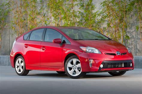 toyota prius 2014 toyota prius reviews and rating motor trend