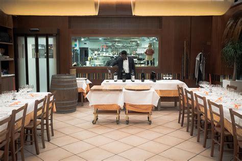 cucine a vista ristoranti sala con cucina a vista ristorante pizzeria molinetto