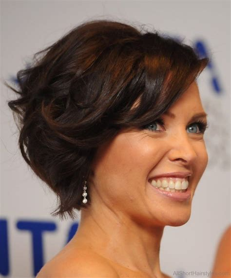 pics of a side swoop short hair cut 60 brilliant short curly bob hairstyles