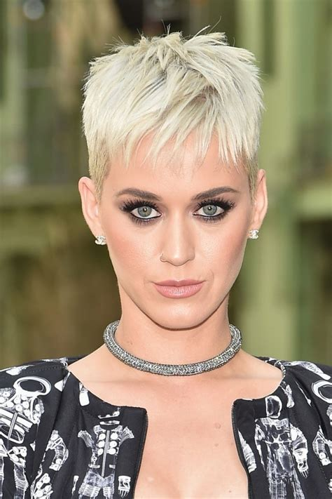 katy perry s new choppy bob hairstyle showbiz hottie katy perry the girl who can make you roar