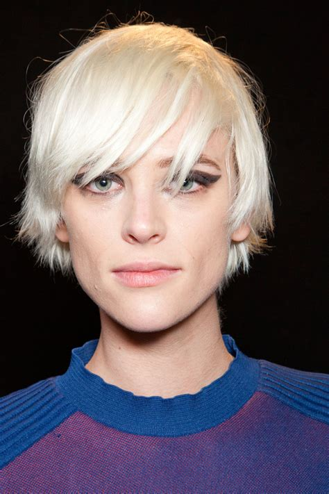 hairstyles from paris lanvin at paris fashion week fall 2012 stylebistro