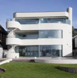 6 bedroom houses for sale sandbanks the tiny millionaire s playground where 15