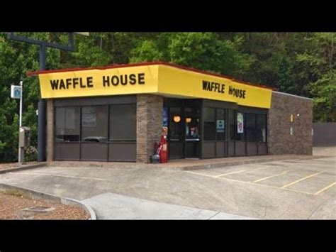 waffle house lavergne tn double shooting at waffle house in lookout valley tn youtube