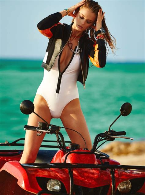 sexi dive kate bock is a scuba diver in fashion