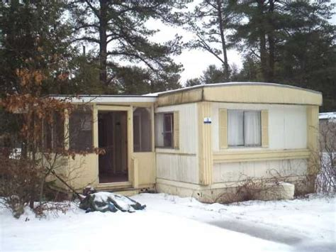 1976 skyline mobile manufactured home in queensbury ny
