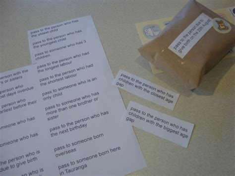 Baby Shower Pass The Parcel Questions by 17 Best Ideas About Pass The Parcel On Baby Shower