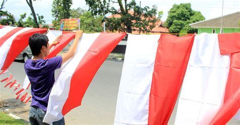 Eceran Handuk Merah Putih jual bendera merah putih umbul umbul backdrop aneka sablon untuk agustusan jual bendera