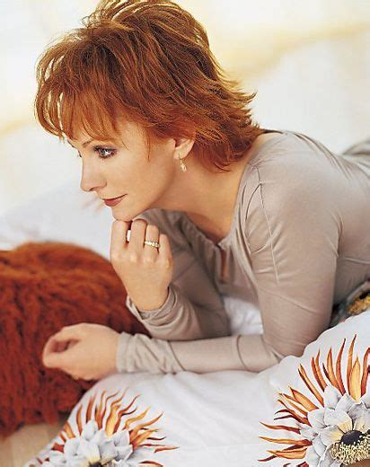 female country singers hairstyles reba mcentire short hair www pixshark com images