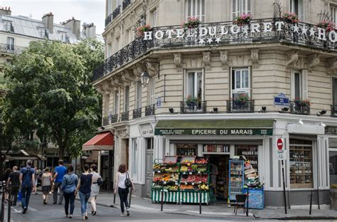 Best Small Towns In America To Visit where to stay in paris best neighborhoods and