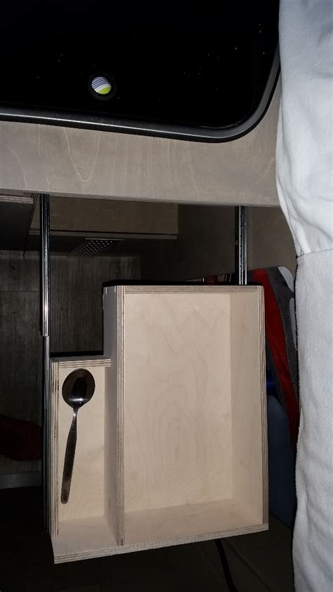 schublade wohnmobil schubladen im wohnmobil einbauen surfandfriends