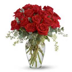 Pictures Of Roses In A Vase Full Heart Red Rose Vase T2553 Florist Delivery In