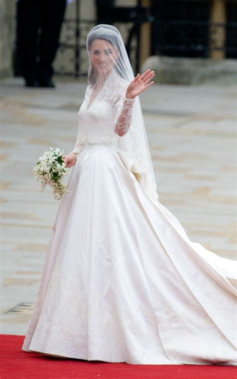 Wedding Dress Kate Middleton by Kate Middleton S Wedding Dress Everything You Need To