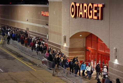 what time does world of color start black friday 2015 best tech deals at walmart target more