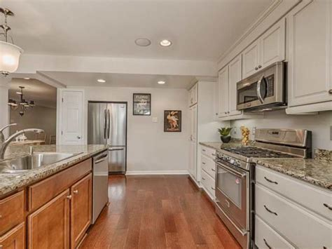 kitchen cabinets st louis mo signature kitchen bath merillat cabinets in st louis