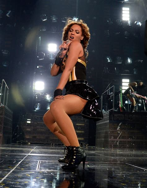 beyonce sedere beyonce posts z bow photo as magna holy
