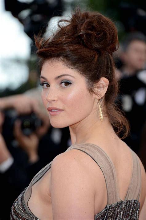bond girl hairstyles updo 417 best images about gemma arterton on pinterest jeremy