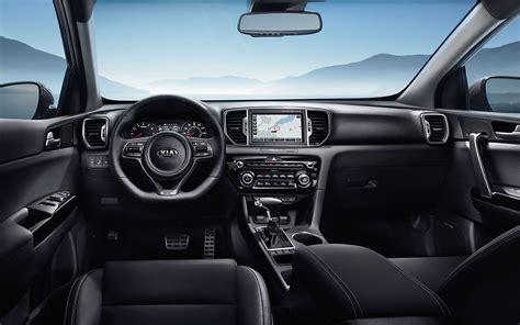 kia sportage interior comparison peugeot 3008 gt 2017 vs kia sportage sx