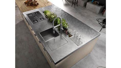cucine in cemento cucina con isola limha cemento di miton