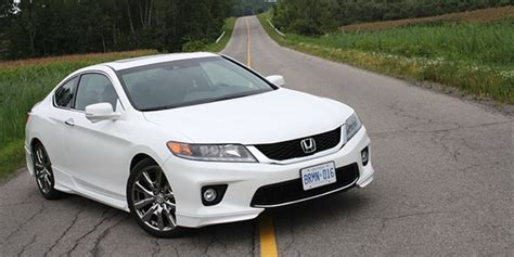 2013 Honda Accord Coupe HFP: the survivor