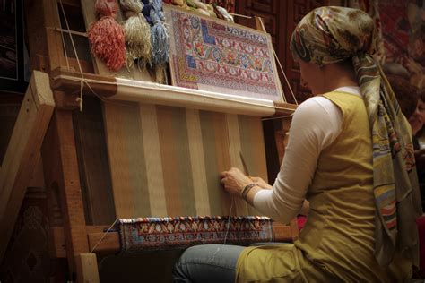 rug maker craft travels with gloria
