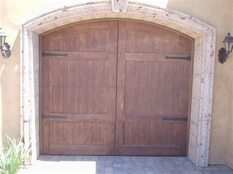 Garage Door Repair Gilbert by Garage Doors Gilbert Az Garage Door Repair Gilbert Az