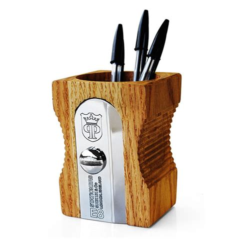 cool pen holders 10 cool pen holders and stands design swan