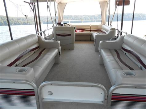 how to replace pontoon boat carpet 28 images how much
