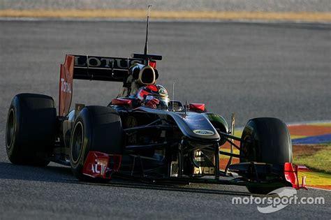 formula 1 test kubica set for f1 test since 2011 at valencia